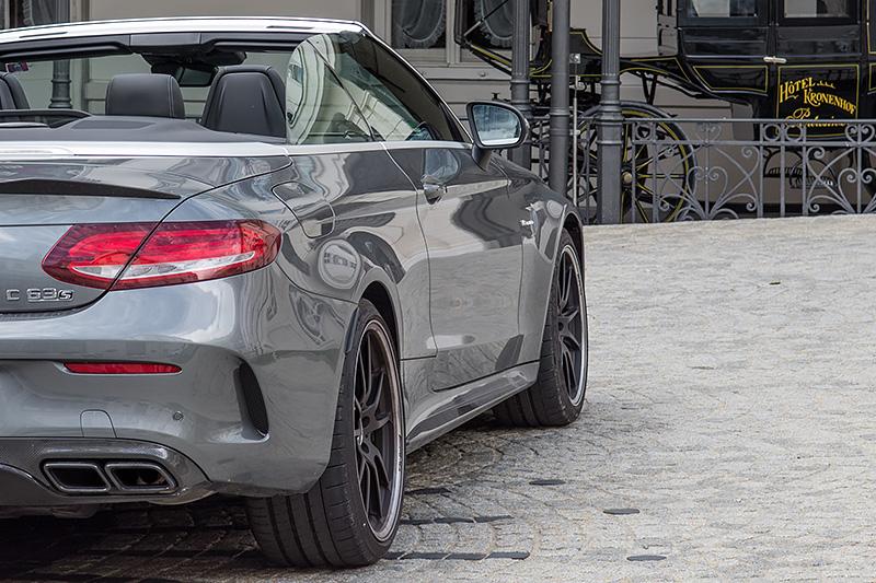 Mercedes-AMG-C63S-Cabrio_2034a