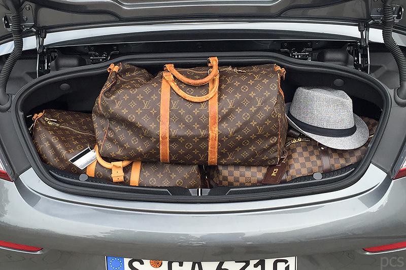 Louis Vuitton Keepall Kofferraum Mercedes-AMG C63S Cabrio