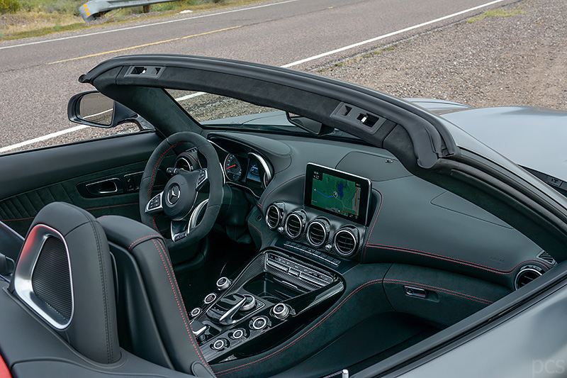 Luxify Roadtrip Arizona Cockpit Mercedes AMG GT C Roadster