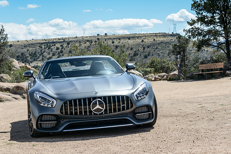 Luxify Roadtrip Arizona Frontansicht Mercedes AMG GT C Roadster