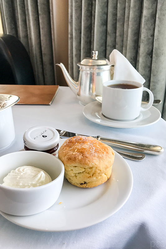 Scones zur Tea Time an Bord der Seabourn Quest
