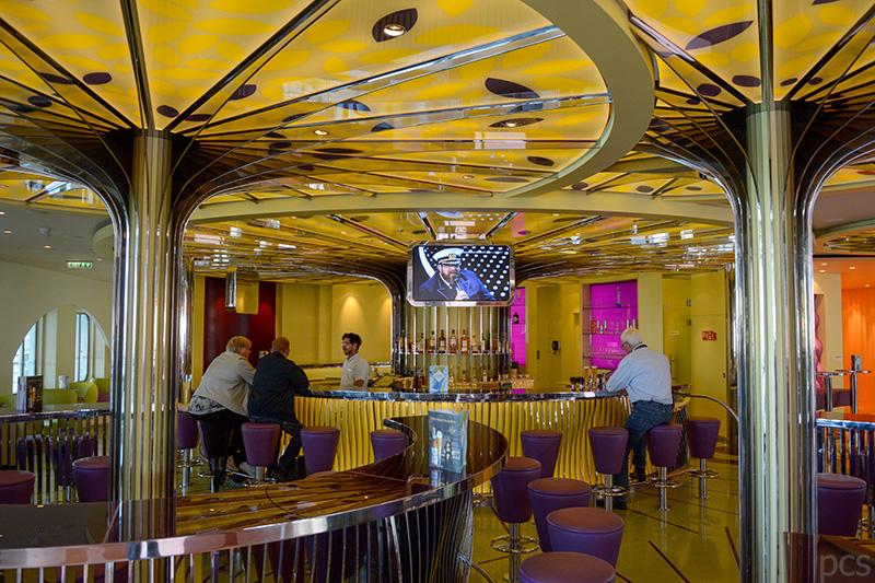 AIDA Perla Bar auf Deck 6