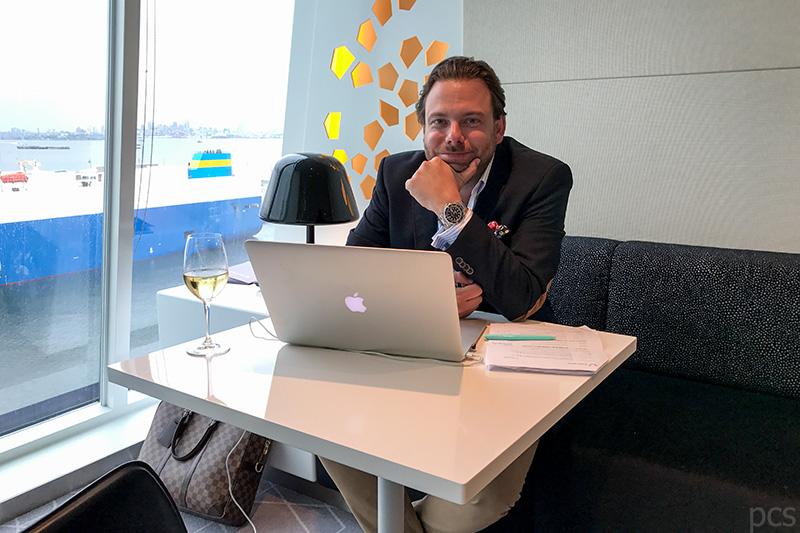 Der Autor Percie Schoeller an seinem liebsten Arbeitsplatz