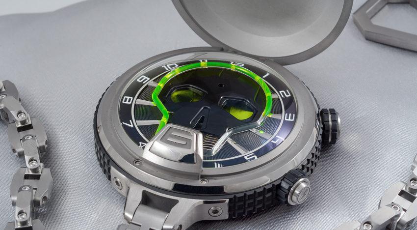 Hands-on HYT Skull Pocket Watch