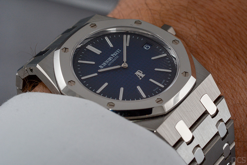 "Wristshot Audemars Piguet Royal Oak ""Jumbo"" Extra-Thin, Ref. #15202IP.OO.1240IP.01"
