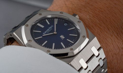 Hands-on Audemars Piguet Royal Oak Extra-Thin #15202IP