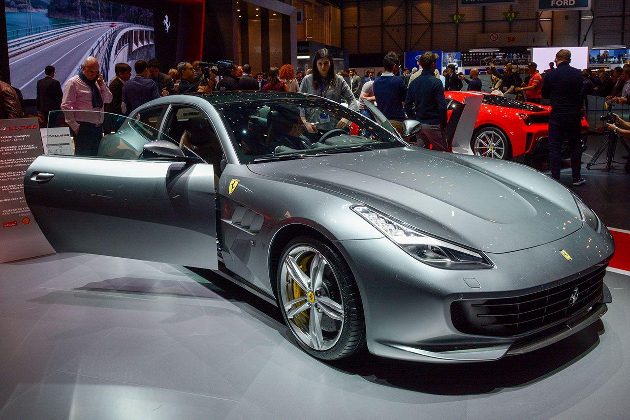 Luxify Ferrari GTC4 Lusso