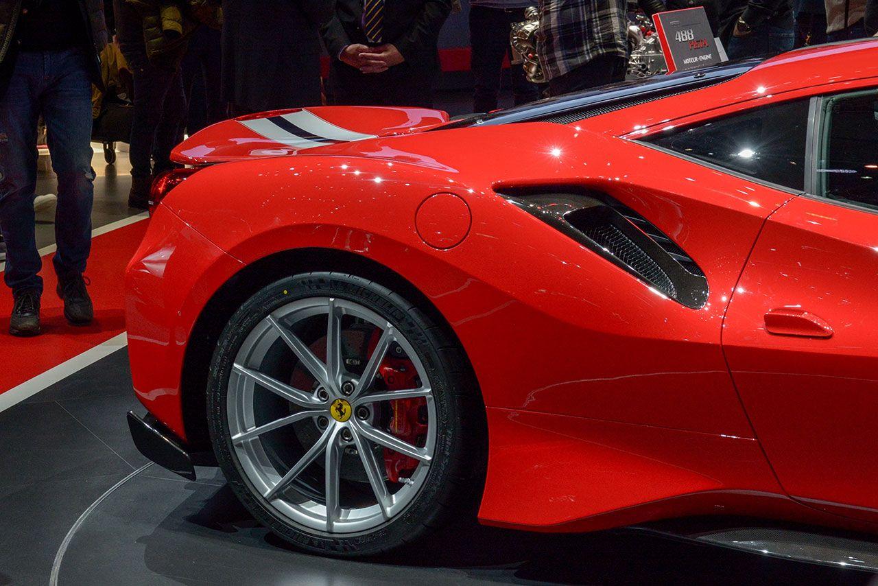 Luxify Ferrari 488 Pista