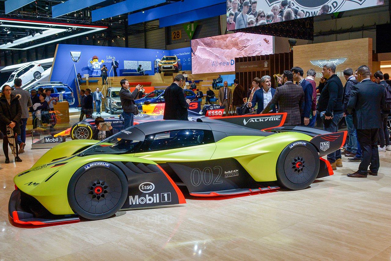 Luxify Aston Martin Valkyrie