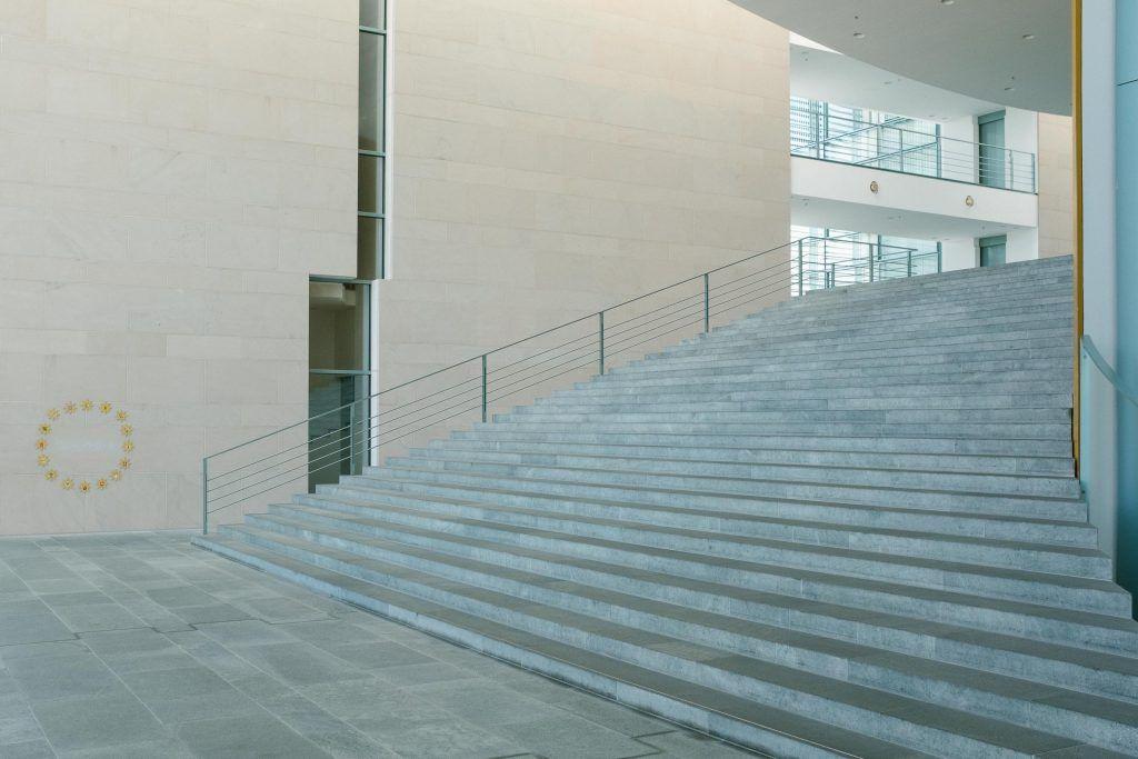 Luxify Martin U. Waltz Kanzleramt Bundestag