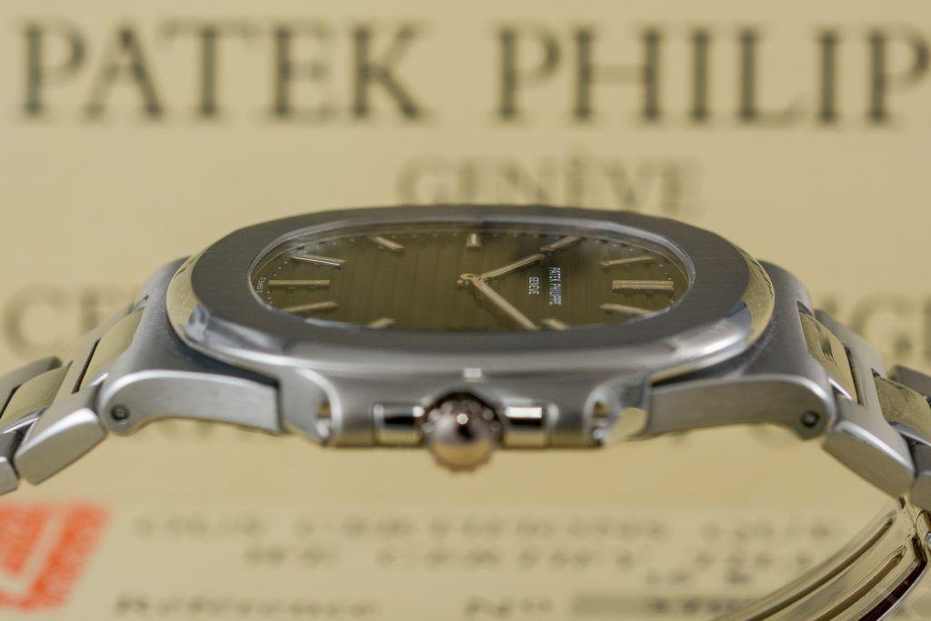 Luxify Review Patek Philippe Vintage Nautilus 3700 Dr. Crott