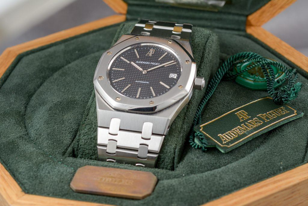 Luxify Review Audemars Piguet Royal Oak Jumbo 14802ST Dr. Crott