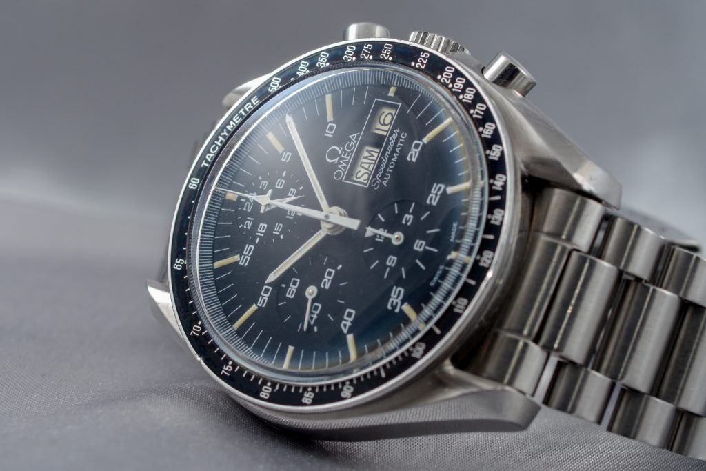Luxify Review Omega Speedmaster Moonwatch Speedy Dr. Crott