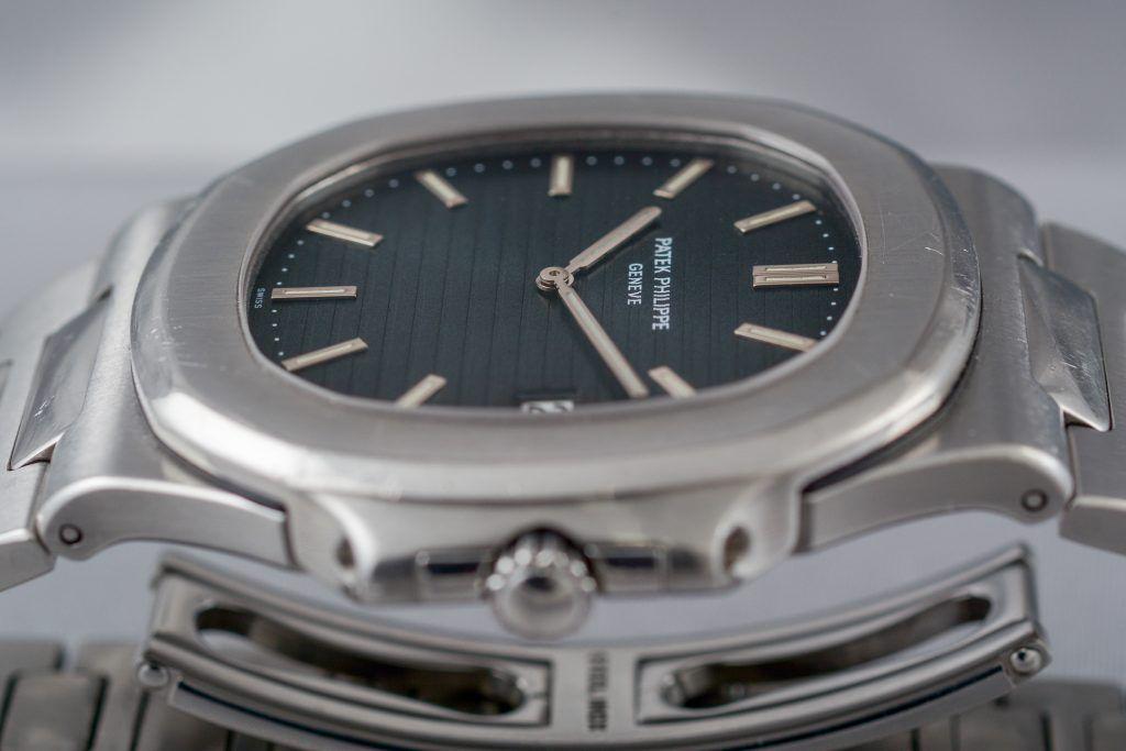 Luxify Patek Philippe Review Dr. Crott Auctioneers Nautilus Jumbo 3700