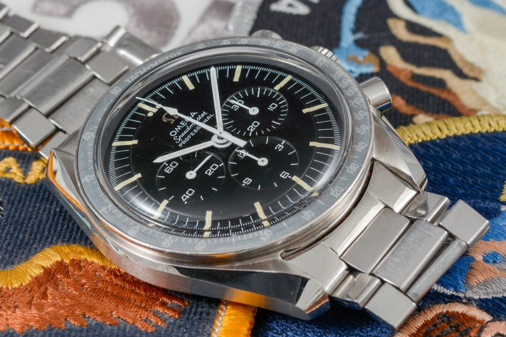 Luxify Omega Speedmaster Moonwatch discontinued new model 2020