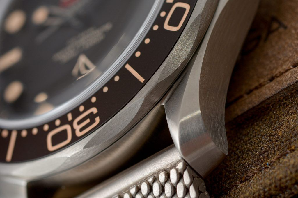 Luxify Review Omega Seamaster Diver 300M 007 Edition James Bond