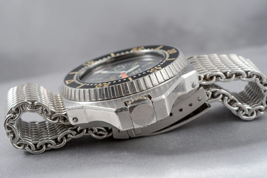 Luxify Review Omega Speedmaster Auktionen Dr. Crott Auctioneers