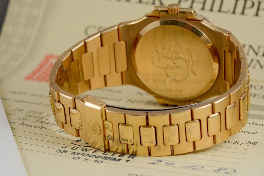 Luxify Patek Philippe Nautilus Jumbo 3700/1 Dr. Crott Auktion Auction