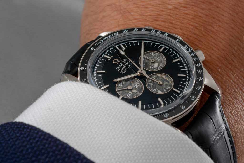Luxify Review Omega Speedmaster Professional Moonwatch Platinum Calibre 321