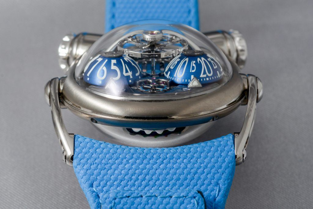 "Luxify Review Geneva Watch Days 2020 MB&F ""Bulldog"" - Horological Machine No. 10"